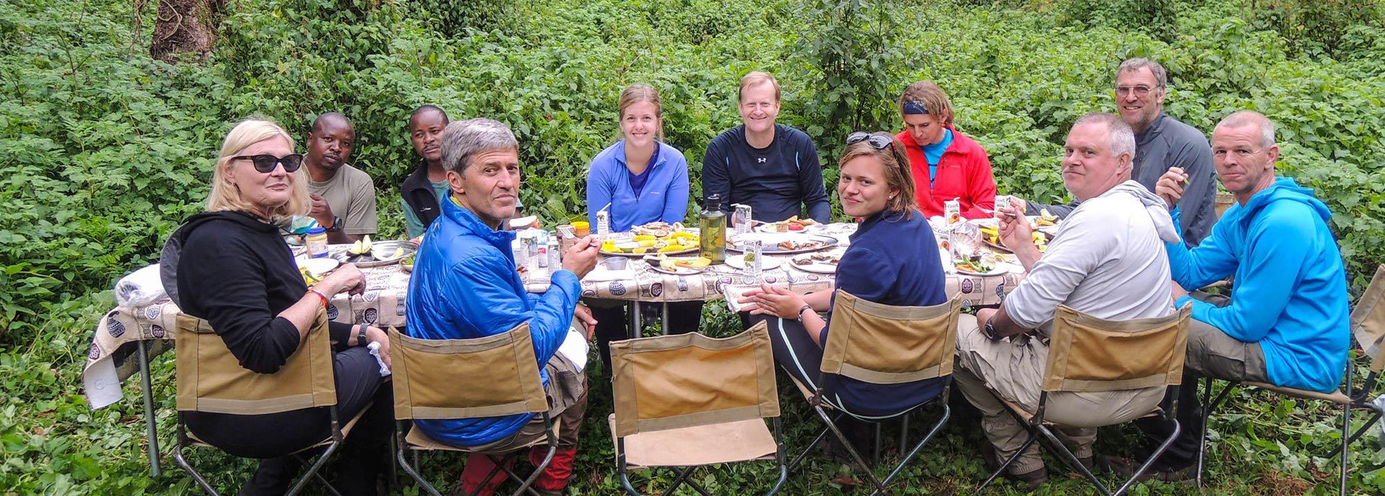 Питание наших участников при восхождении на Килиманджаро