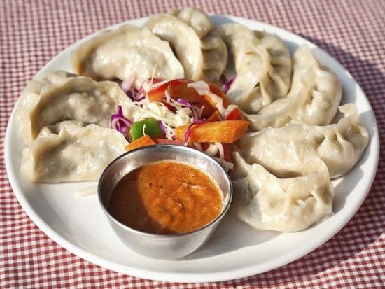 Момо - вариация непальских пельменей или вареников